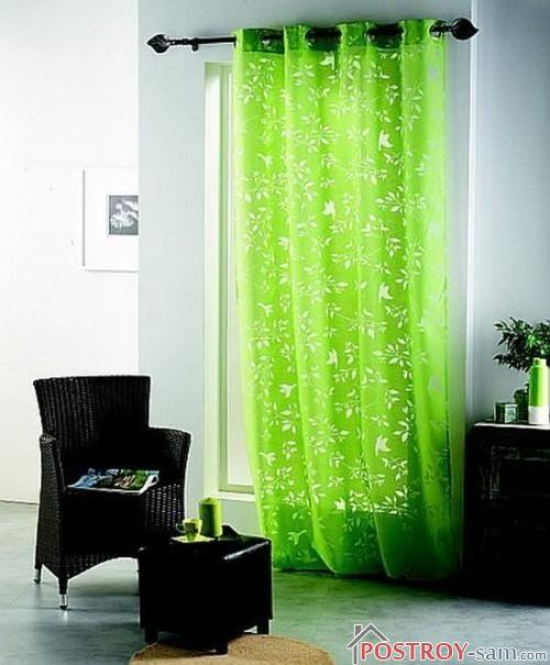 Зеленые шторы для гостиной из органзы