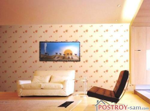 Оклеивание стен обоями в квартире