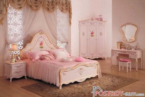 Королевская спальня девочки подростка