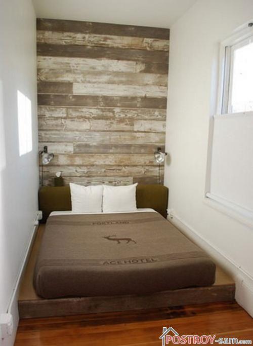 Маленькая узенькая спальня