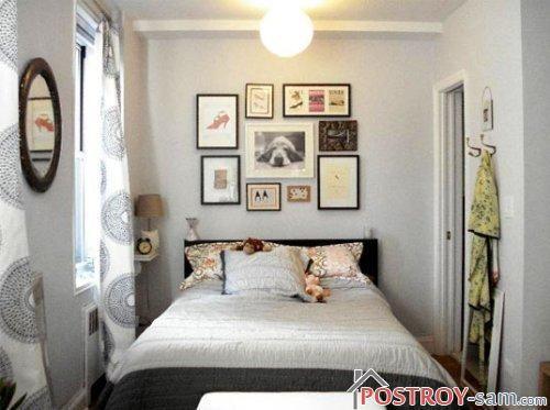 Фотографии на стене в спальне