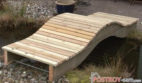 Декоративный садовый мостик из дерева своими руками