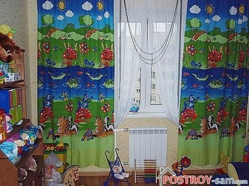 Мультяшные шторы в детской
