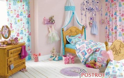 Шторы разных цветов в детской девочки