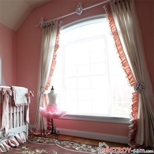 Классическая штора в детской