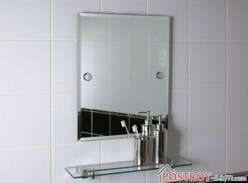 Крепление зеркала с помощью шурупов
