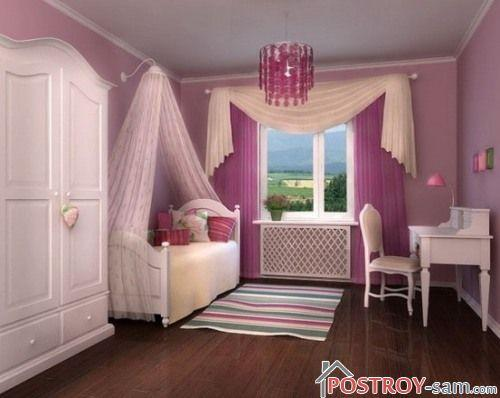 Скромная спальня девушки
