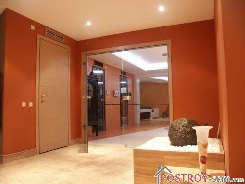 Оранжевый цвет в интерьере прихожей фото