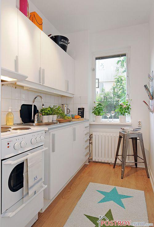 Мебель в кухне вдоль одной стены