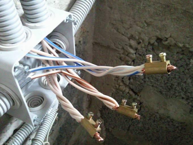 Сколько должен составлять гарантийный срок службы электропроводки?