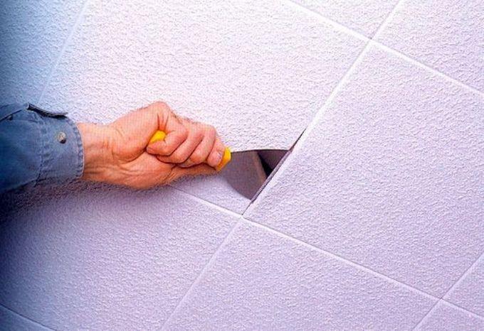 Удаление потолочной плитки