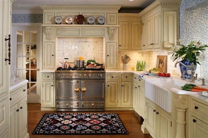 Дизайн стен кухни в английском стиле