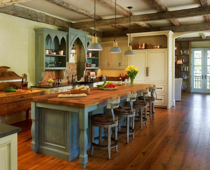 Потолок на английской кухне
