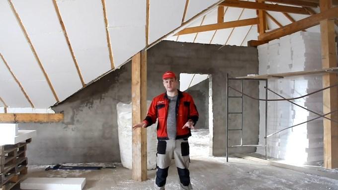 Почему строители рекомендуют пенопласт для утепления мансарды?