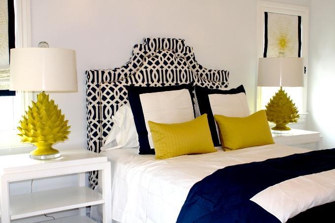 Орнамент решетка в дизайне оголовья кровати