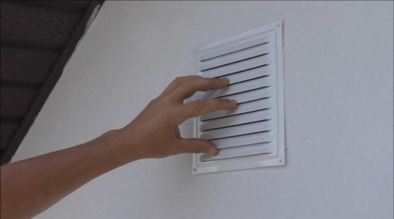 Установка вентиляционных решеток на фасад дома своими руками