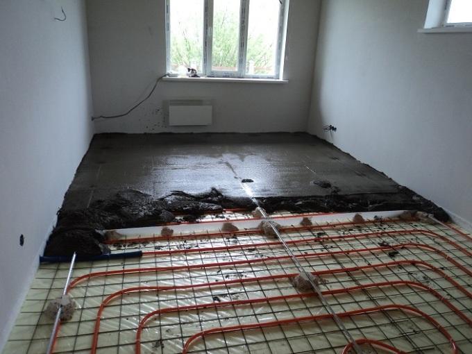 Как залить бетонную стяжку