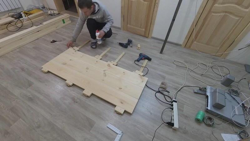 Изголовье для деревянной кровати