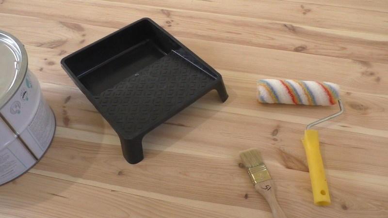 Инструмент для покраски пола лаком