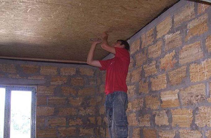 Монтаж ОСБ плит на потолок
