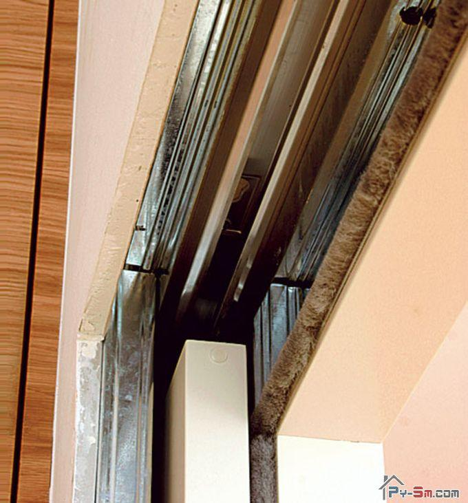 Сложности ремонта сдвижных межкомнатных дверей