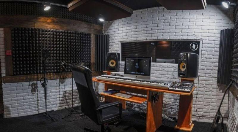 Как обустроить комнату для домашней звукозаписи